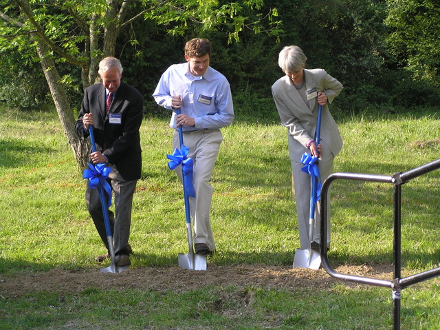 Duke President Richard Brodhead, SmartHouse Director Mark Younger, Dean Kristina M. Johnson at groundbreaking ceremony, April 2005.
